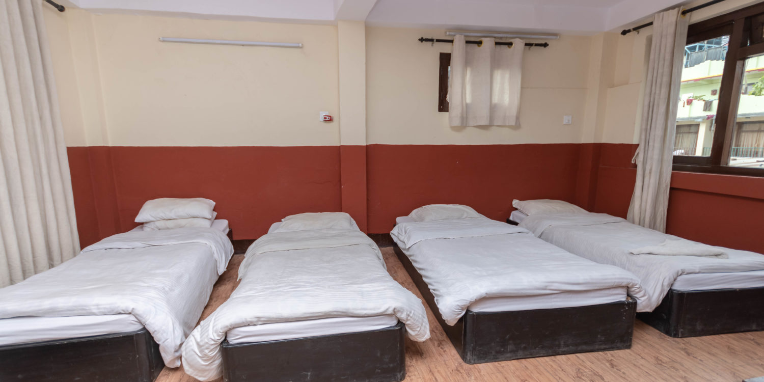 Adult Dormitory for 4 single people
